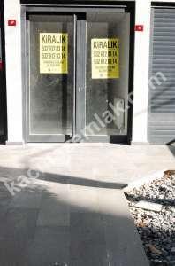Göztepede Rıdvan Paşada Merkezi Konumda Dükkan 24