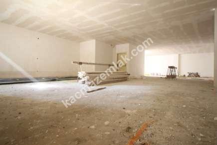 Maltepe De İşlek Cadde Üzeri Yatırımlık Dükkan & Mağaza 6