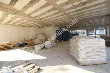Maltepe De İşlek Cadde Üzeri Yatırımlık Dükkan & Mağaza 3
