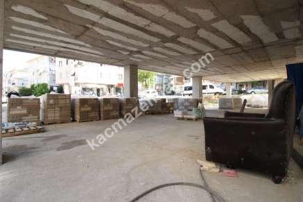 Maltepe De İşlek Cadde Üzeri Yatırımlık Dükkan & Mağaza 1
