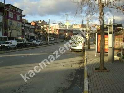 Sultanbeyli'de Kiracılı Satılık Dükkan. 1