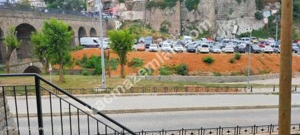 Trabzon Merkez Çarşı Mahallesinde Satılık 140 M2 Dükkan 14