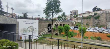 Trabzon Merkez Çarşı Mahallesinde Satılık 140 M2 Dükkan 5