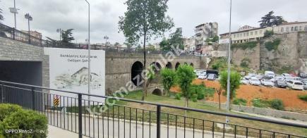 Trabzon Merkez Çarşı Mahallesinde Satılık 140 M2 Dükkan 13