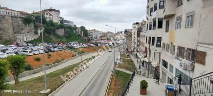 Trabzon Merkez Çarşı Mahallesinde Satılık 140 M2 Dükkan 11
