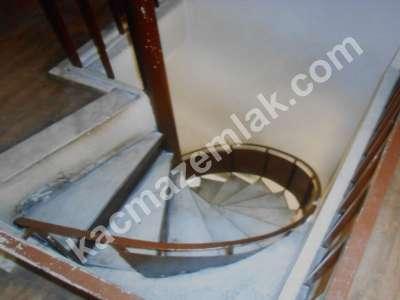 Diyarbakır Gevranda Satılık İki Katlı Restorant 4