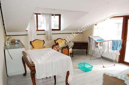 Maltepe Küçükyalı Marmaraya 2 Dk 2+1 Teraslı Çatı Katı 1
