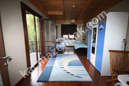Sarıyer Kilyosta Havuzlu, Eşyalı 3 Katlı Müstakil Villa 15