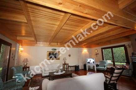 Sarıyer Kilyosta Havuzlu, Eşyalı 3 Katlı Müstakil Villa 6