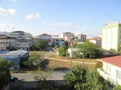 Kaçmaz'dan Kurtköy Sanayi Mahallesinde Müstakil Bina 29