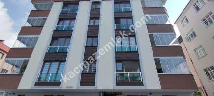 Trabzon Pelitli Mah.de Ana Yola Yakın Satılık Bina..! 3