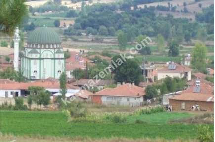Yenice Bayatlar Köyünde Satılık Bahçeli Köy Evi 1