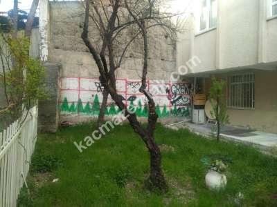 Seyranbağları, Bayraktar Mahallesi'nde, 2+1 Bahçe Katı 3