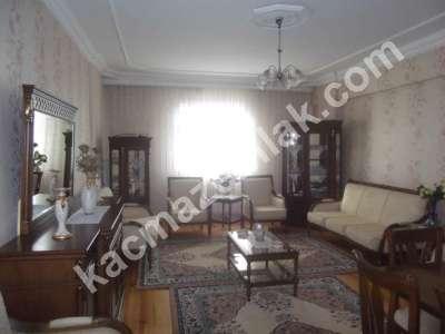 Erzurum Kaçmaz Emlak'tan Yoncalık'ta Satılık Lüks 3+1 2