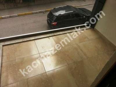 İçerenköy'de Metroya Yürüme Mesafesinde Satılık Daire 12