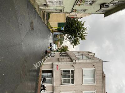 Fatih Emin Molla Sokakta, Ön Cephe, Satılık 2.5+1 Araka 27