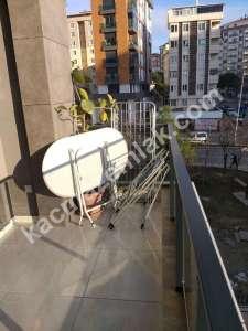 Kaçmaz Emlak'tan- Ekşioğlu Tria'da Caddeye Cephe 11