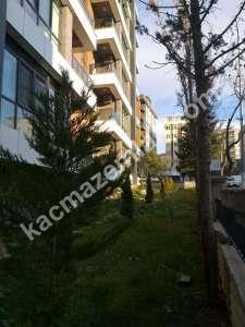 Kaçmaz Emlak'tan- Ekşioğlu Tria'da Caddeye Cephe 19
