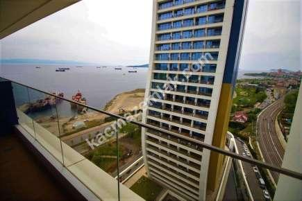 İstmarina'da Satılık Deniz Manzaralı Eşyalı Home Ofis 3