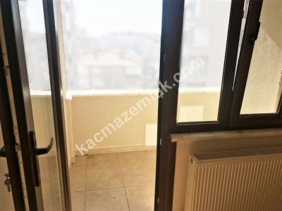 Maltepe Merkezi Konum Satılık E.banyolu Sıfır 3+1 Daire 4