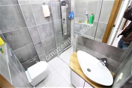 Adatepe Sahilde Satılık E. Banyolu Ön Cephe Ferah 2+1 12