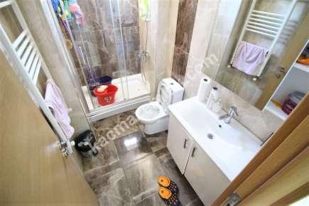 Maltepe Yalı Mah. Sahilde Satılık E.banyolu Ferah Daire 11