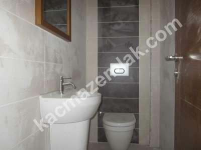 Yenişehir Çamlıkta 3+1 Site İçerisinde Ebebeyin Banyolu 7