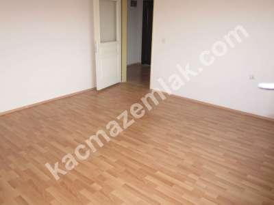 Pendik Kurtköy'de Site İçinde Satılık 2+1 Daire 3