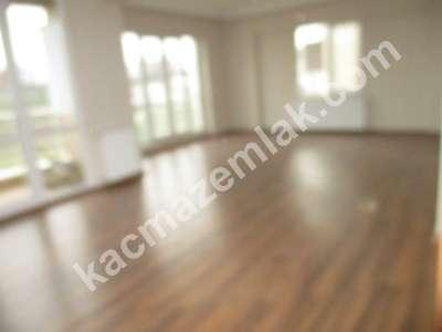 Pendik Yenişehir Havuzlu Nezih Aile Sitesi 3+1 147M2 Ac 16
