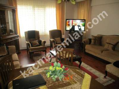 Pendik Yenişehir Nezih Havuzlu Aile Sitesi Deprem Sonra 2