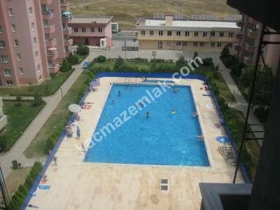 Kaçmaz'dan Yenişehir Merkezi Konumda 3+1 Havuzlu Daire 1