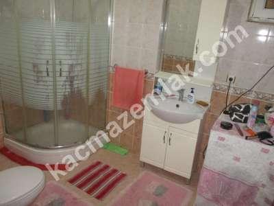 Pendik Yenişehir Nezih Havuzlu Aile Sitesi Deprem Sonra 18