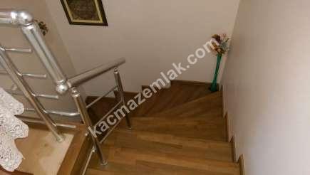 Bursa Demirtaş'ta Caddeüstü 4+1 Satılık Dubleks Daire 3