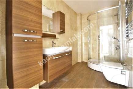 İdealtepe Metroya Yakın Satılık 4 Banyolu Geniş Dubleks 23