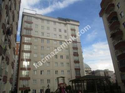 Marmara Hastanesine Komşu Site İçerisinde Geniş Dubleks 1