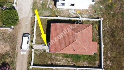 Biga Çeşmealtı Denizatı Sitesinde Satılık Bahçeli Ev 22