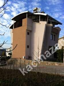 Mudanya Şükrü Çavuş Mah. Satılık Bahçeli Teraslı Villa 10
