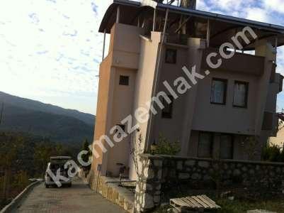 Mudanya Şükrü Çavuş Mah. Satılık Bahçeli Teraslı Villa 8