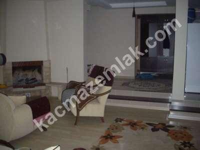 Mudanya Şükrü Çavuş Mah. Satılık Bahçeli Teraslı Villa 4