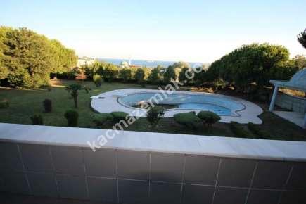 Gürpınar Da Deniz Manzaralı Satılık Lüks Villa 1