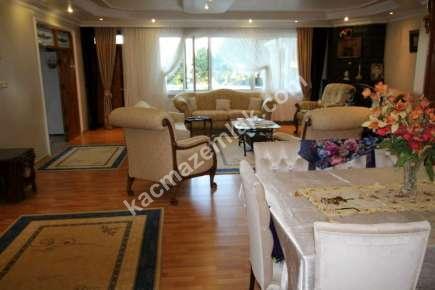 Gürpınar Da Deniz Manzaralı Satılık Lüks Villa 16