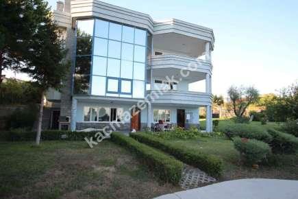 Gürpınar Da Deniz Manzaralı Satılık Lüks Villa 13