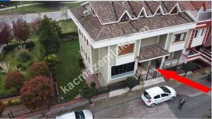 Ümraniye Atakent Satılık Müstakil Bahçeli Villa 2